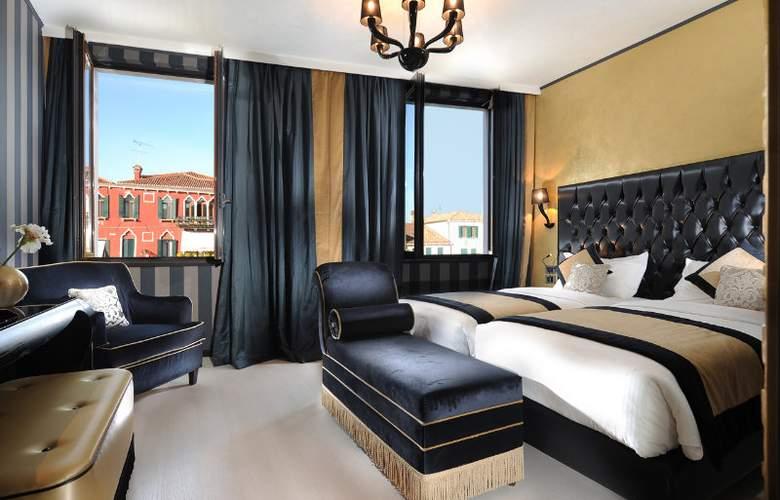 Carnival Palace - Room - 1