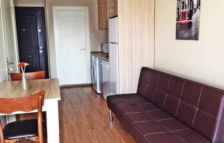 Atrium Suites - Room - 14