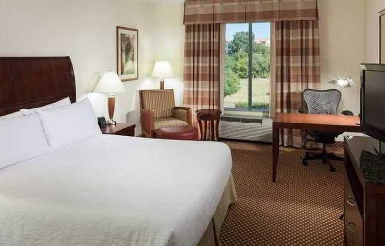 Hilton Garden Inn Frisco - Hotel - 5