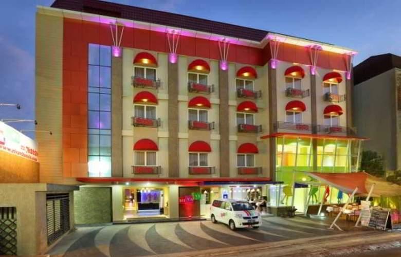 Rivavi Fashion - Hotel - 0