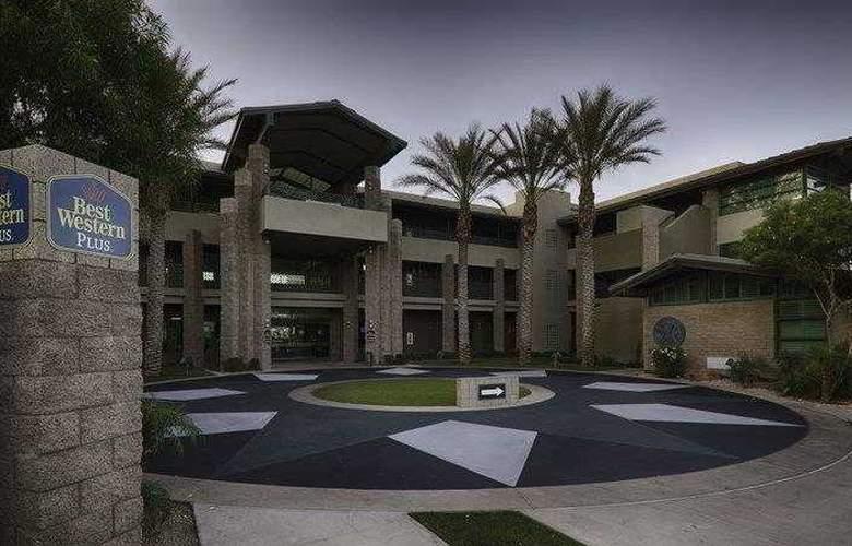 Best Western Sundial - Hotel - 5