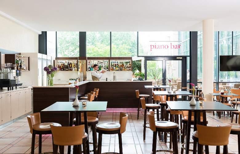 Estrel Hotel Berlin - Bar - 5