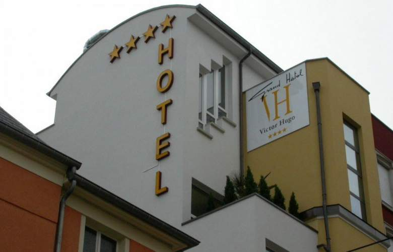 Best Western Plus Grand Hotel Victor Hugo - Hotel - 0