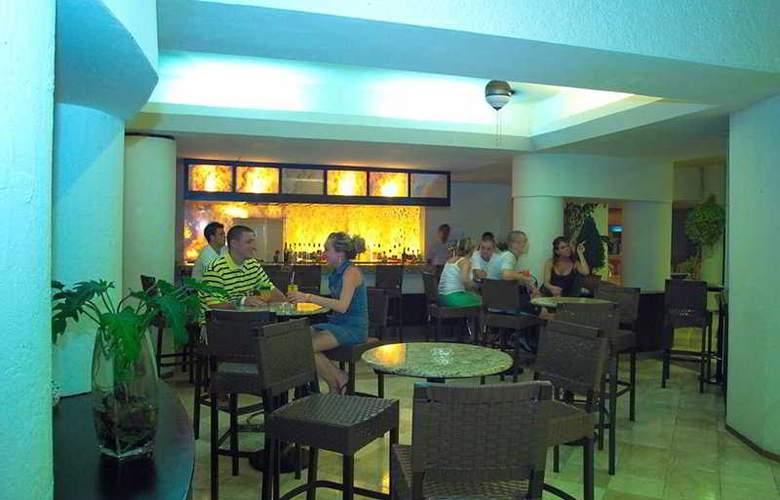 Aquamarina Beach - Bar - 8