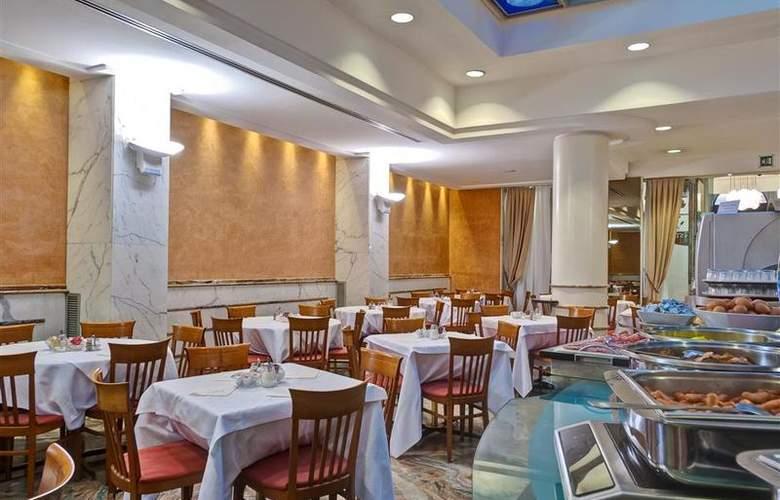 Best Western Plus Universo - Restaurant - 28
