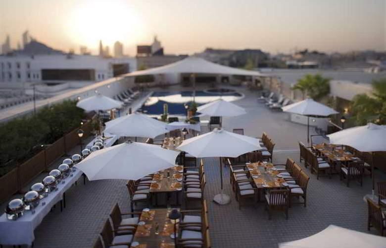 Movenpick Bur Dubai - Pool - 33