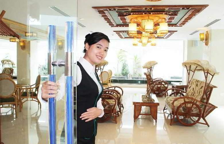 Green World Hotel Nha Trang - Bar - 38