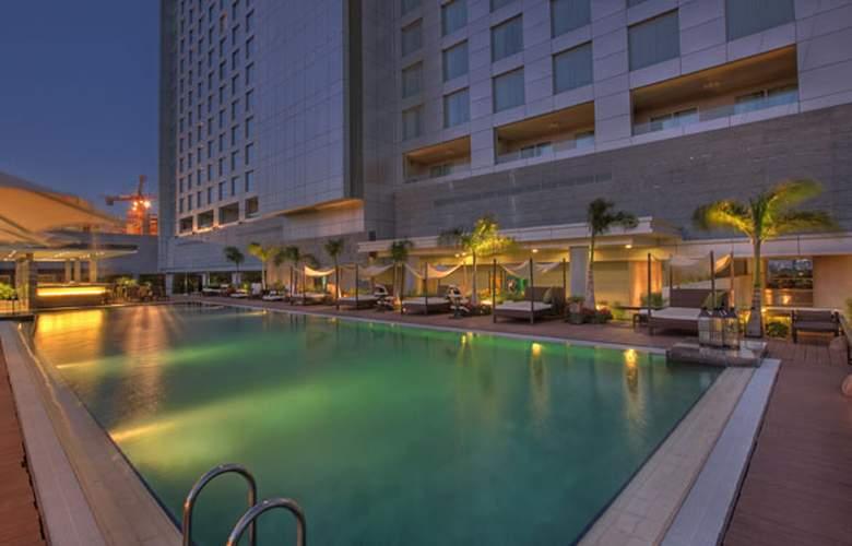 JW Marriott Hotel Pune - Pool - 3