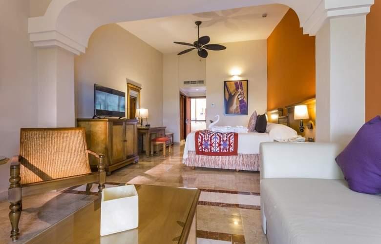 Grand Palladium Colonial Resort & Spa - Room - 12