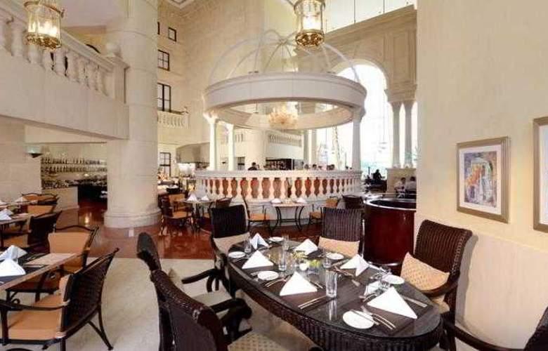 Grand Millennium Dubai - Restaurant - 13