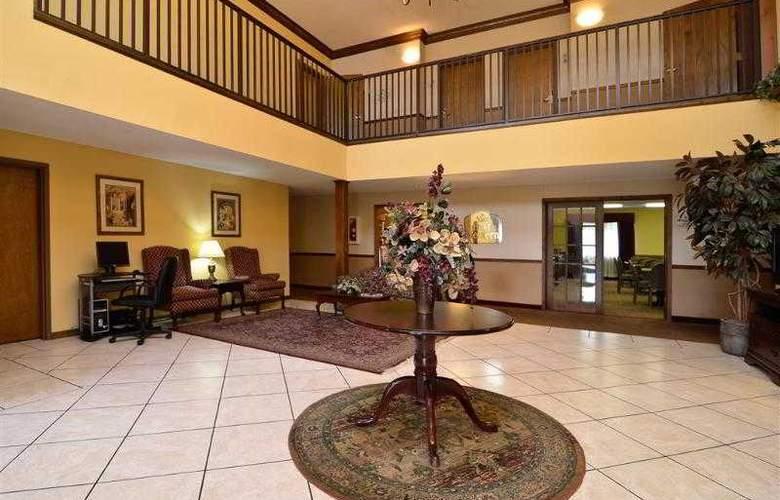 Best Western Woodstone - Hotel - 29