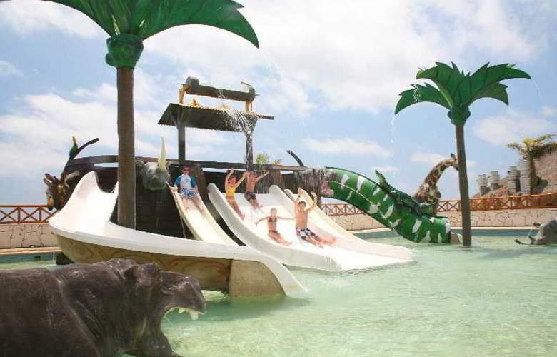 Royal Solaris Cancun Resort All Inclusive - Pool - 4