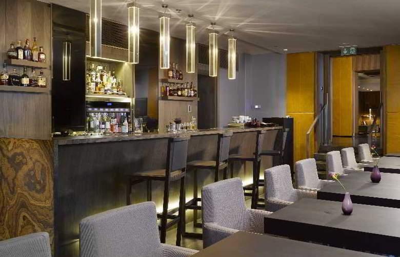 The Emblem Hotel - Restaurant - 23