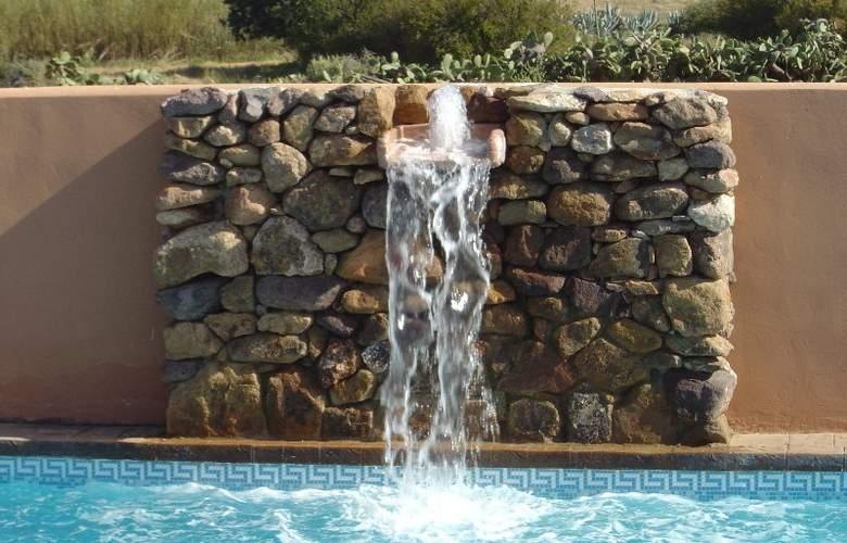 Hotel de Naturaleza Rodalquilar Spa Cabo de Gata - Pool - 9
