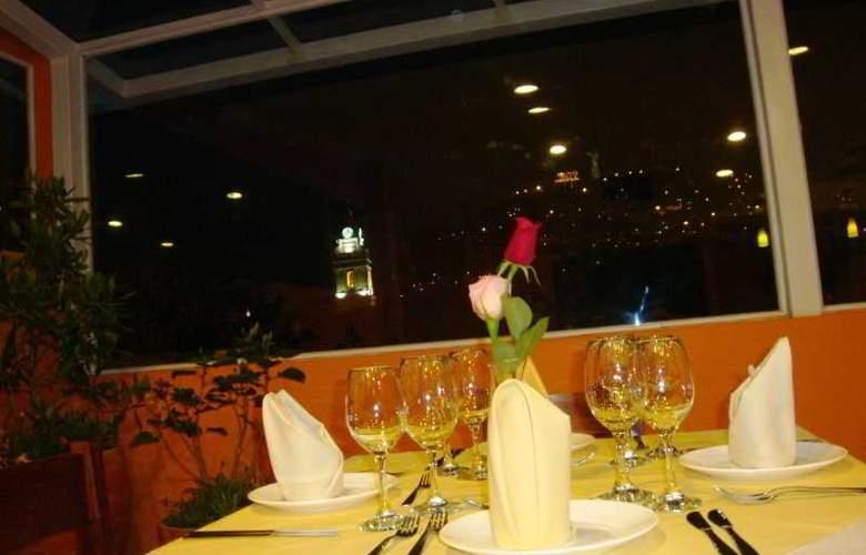 Hotel Boutique Plaza Sucre - Restaurant - 2