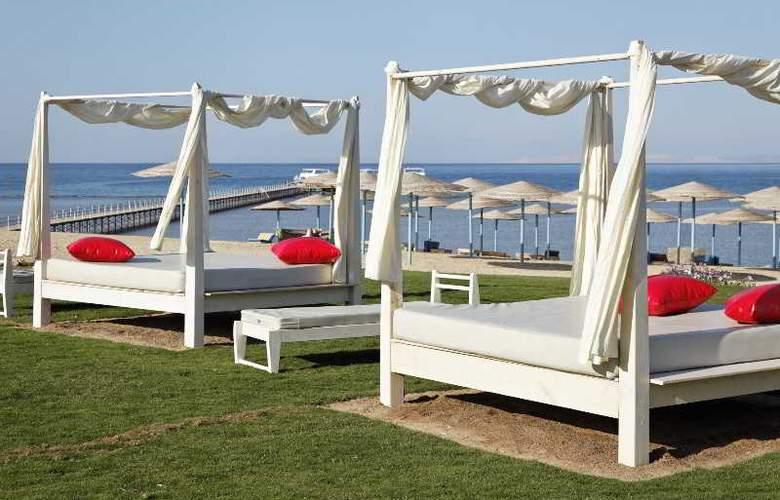 Three Corners Sunny Beach - Beach - 32