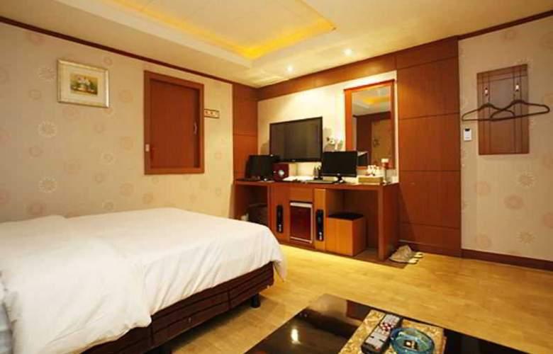 Tobin Tourist Hotel - Room - 10