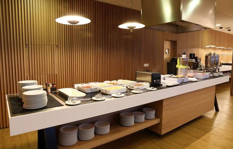 Occidental Atenea Mar  - Restaurant - 6