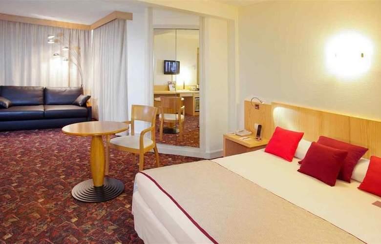 Mercure Tours Sud - Hotel - 73