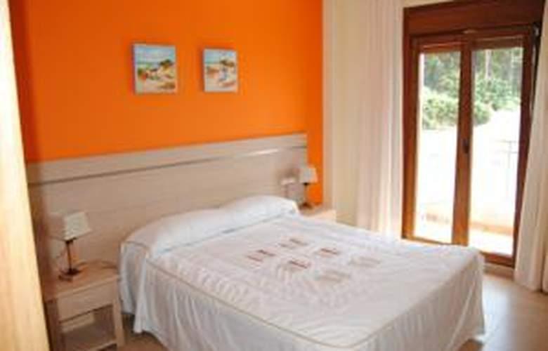 Apartamentos Riveiro - Hotel - 2