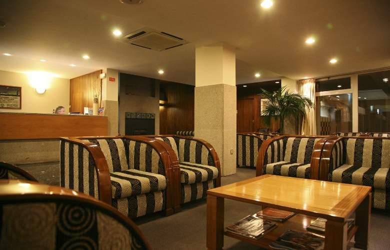 Hotel Rali Viana - General - 1