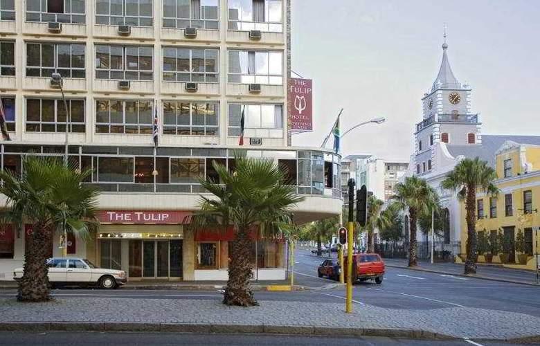 The Tulip Hotel & Conference Centre - Hotel - 0