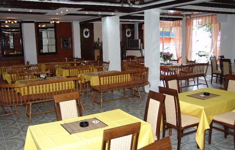 Lagadin - Restaurant - 6