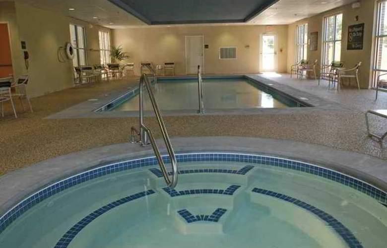 Hampton Inn & Suites Plymouth - Hotel - 9