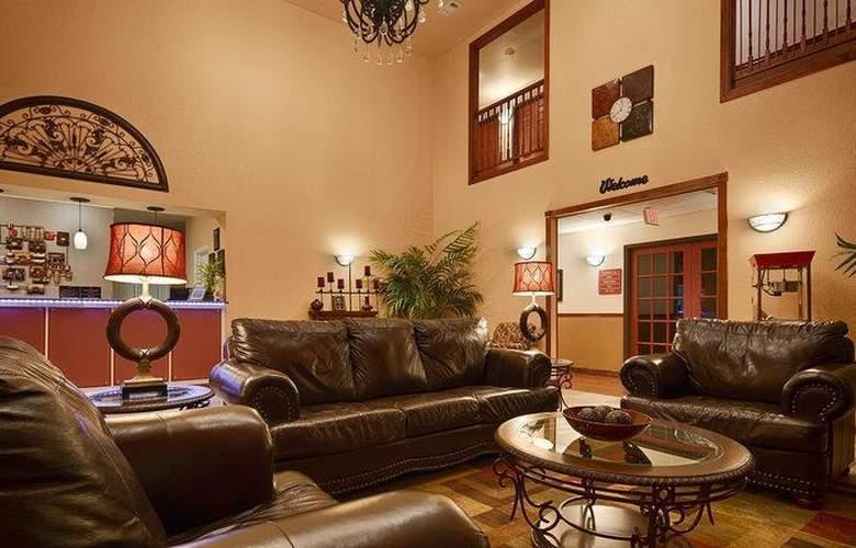 Best Western Plus Sherwood Inn & Suites - General - 17