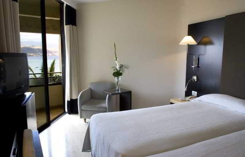 NH Imperial Playa - Room - 10