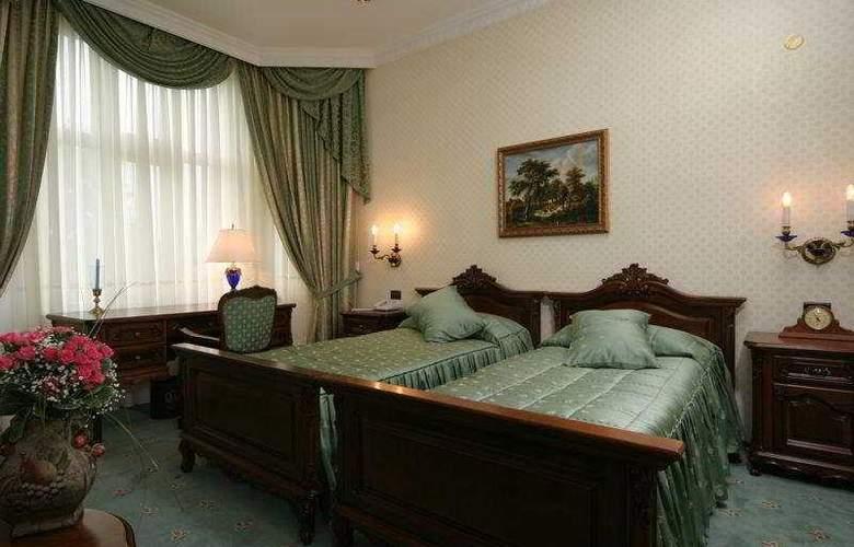 Grand hotel London - Room - 3