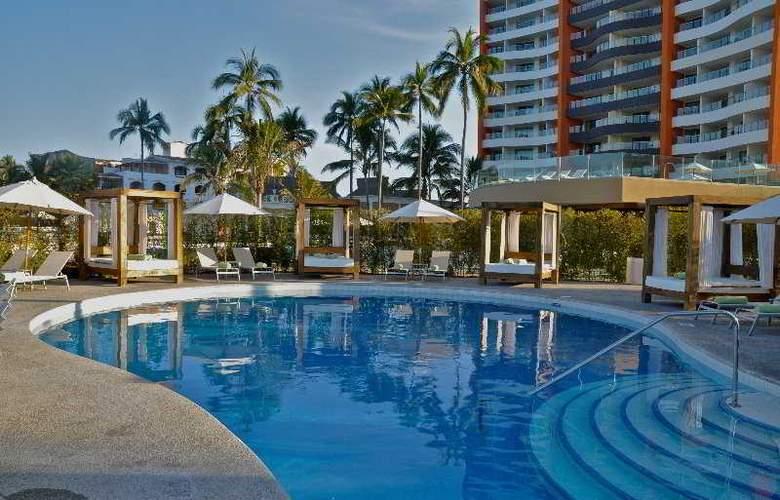 Sunset Plaza Beach Resort & Spa - Pool - 9