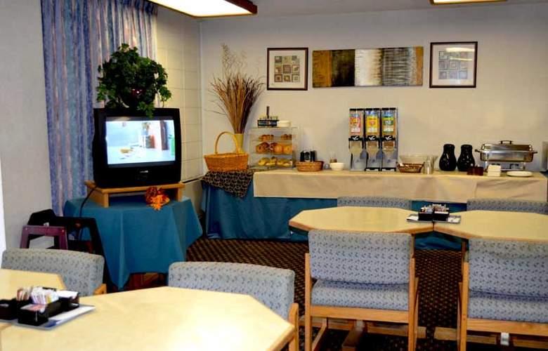Cottonwood Suites Riverside Downtown - Restaurant - 4