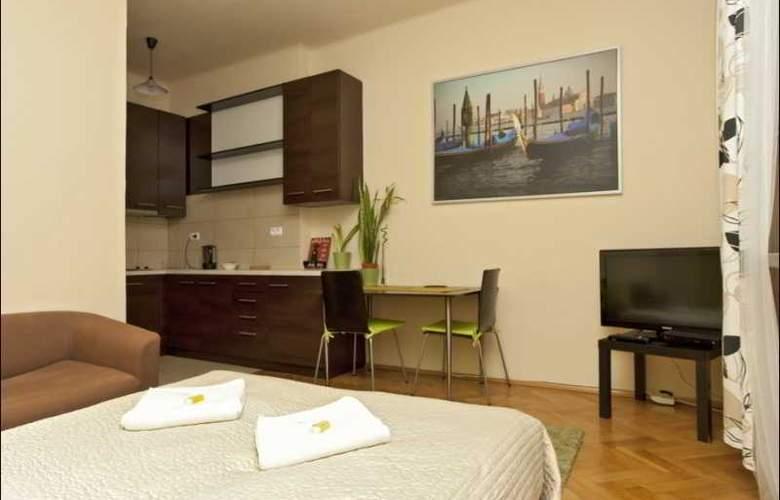 P&O Apartments Miodowa - Room - 4
