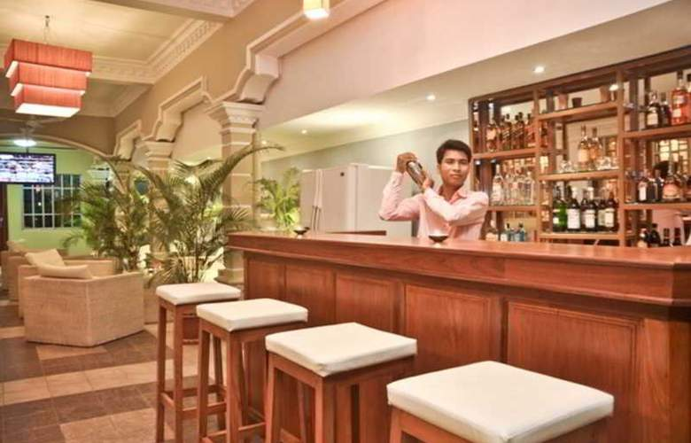 Lotus Luxury Villa - Bar - 12