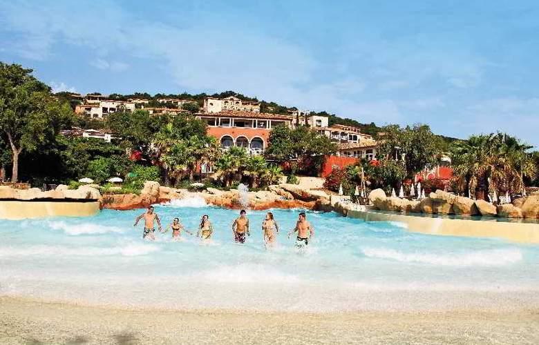 Pierre et Vacances Village Club Les Restanques du Golfe de Saint-Tropez - Pool - 20