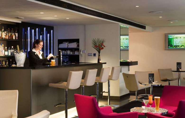 Sofitel London Gatwick - Bar - 2