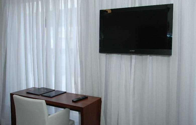 Palm Beach Plaza - Room - 5