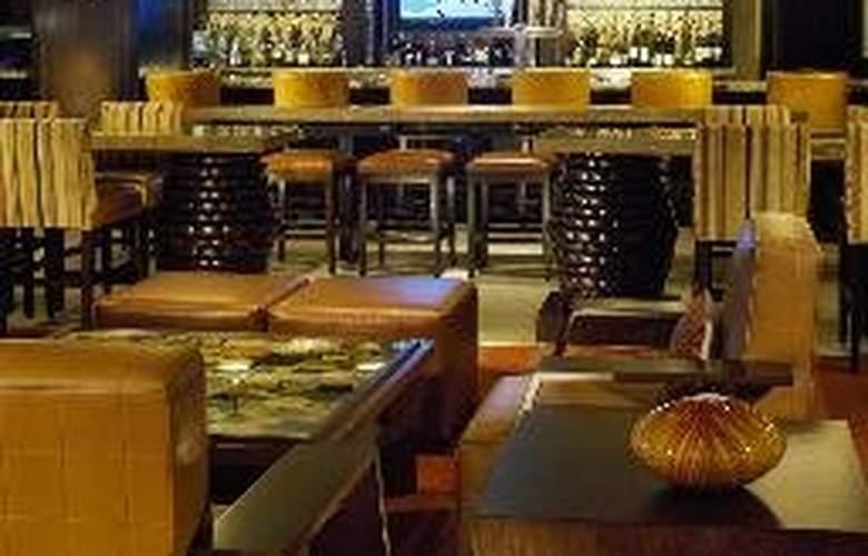 Sheraton Steamboat Resort Villas - Bar - 7