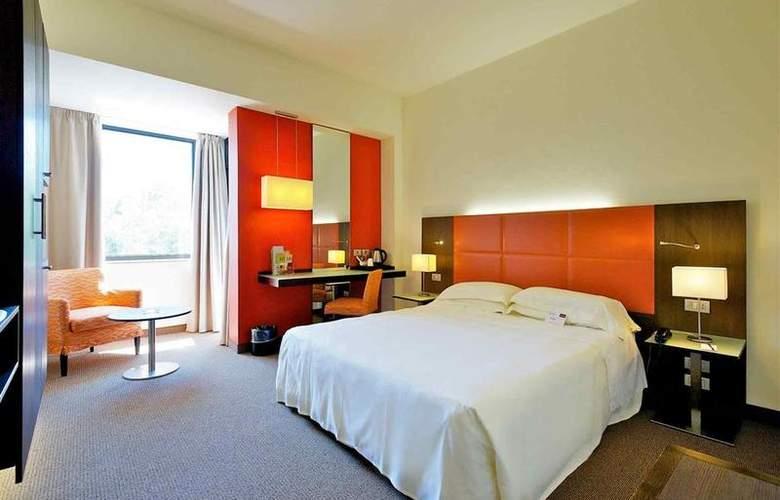 Mercure Astoria - Room - 4