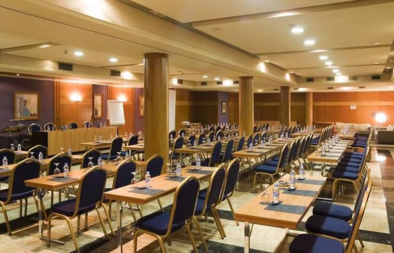Ac Almeria - Conference - 17