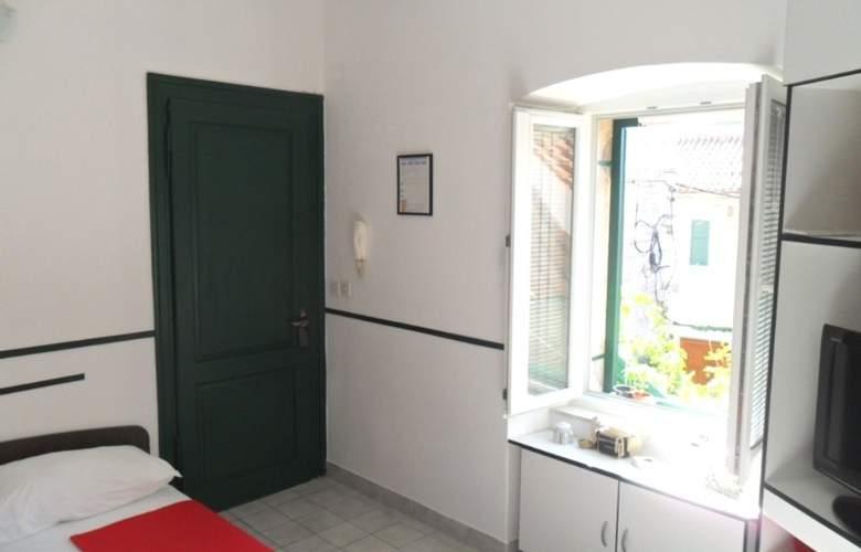 Villa Dube - Room - 12