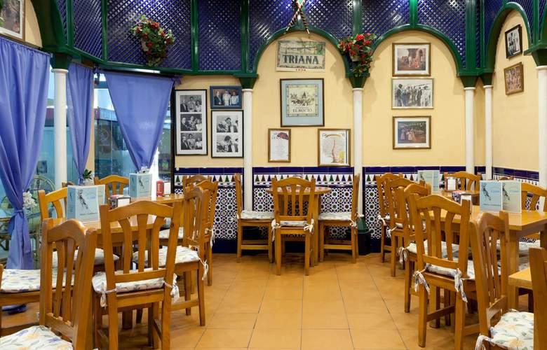 Senator Barajas - Restaurant - 4