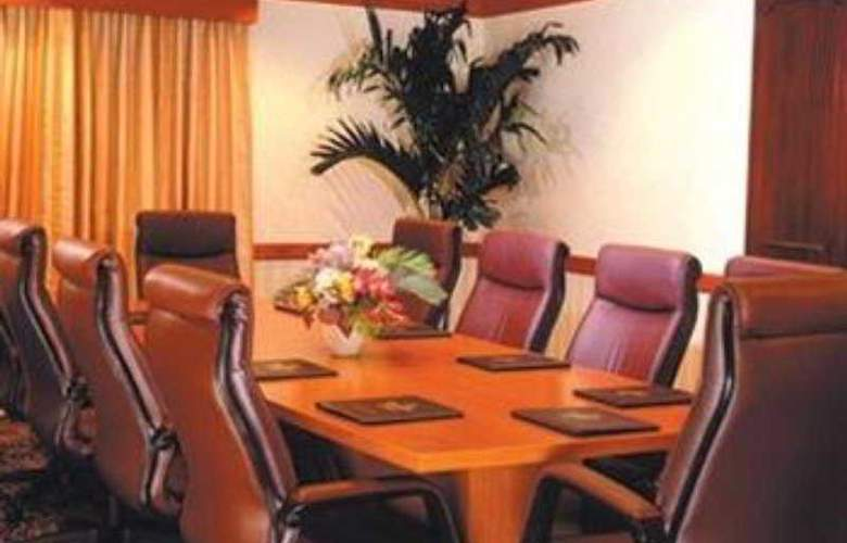 Springhill Suites by Marriott-Tampa - Conference - 9