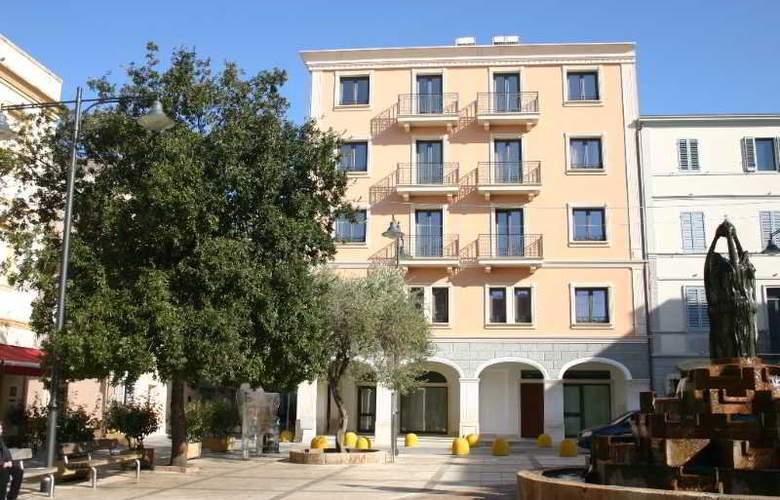Residence Regina Elena - Hotel - 1