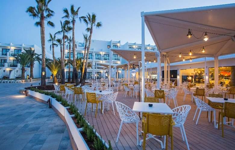 Grand Palladium White Island Resort & Spa - Restaurant - 27