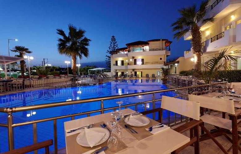 Philoxenia Hotel and Apartments - Hotel - 0