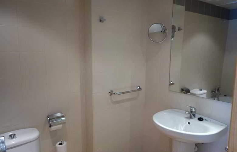 La Serrera Apartamentos - Room - 5