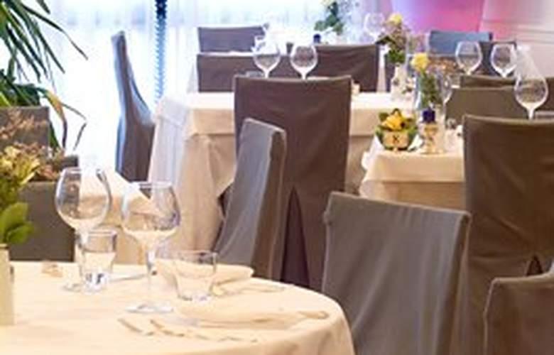 B4 Treviso Maggior Consiglio by Boscolo - Restaurant - 1