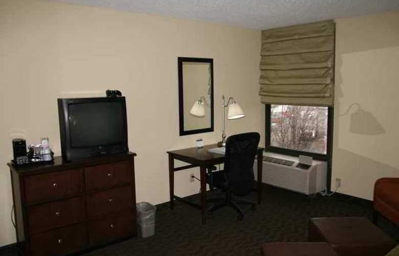 Hampton Inn Indianapolis-Ne/Castleton - Hotel - 3